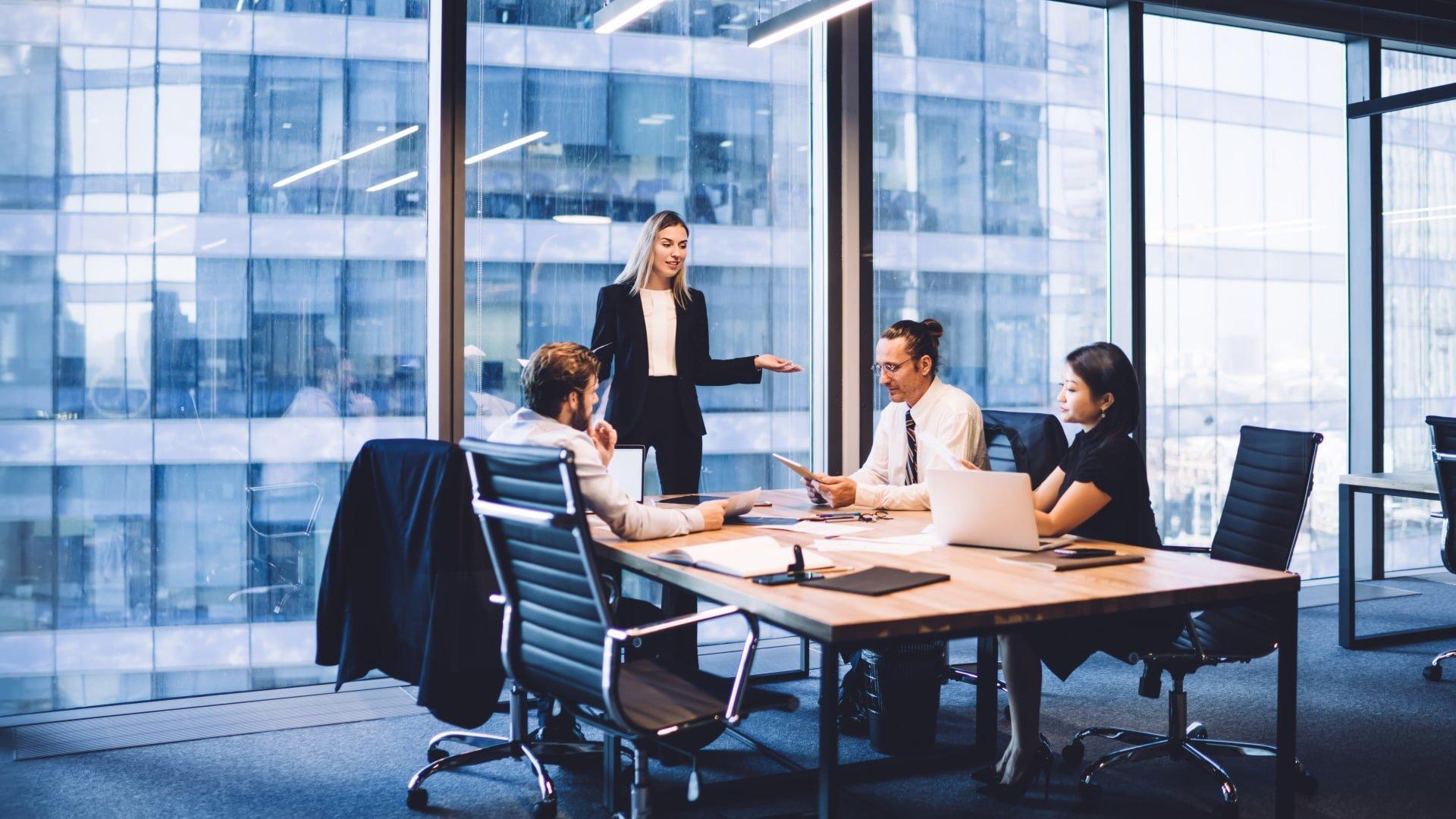 Vad är försäljning Definition av B2B och B2C försäljning