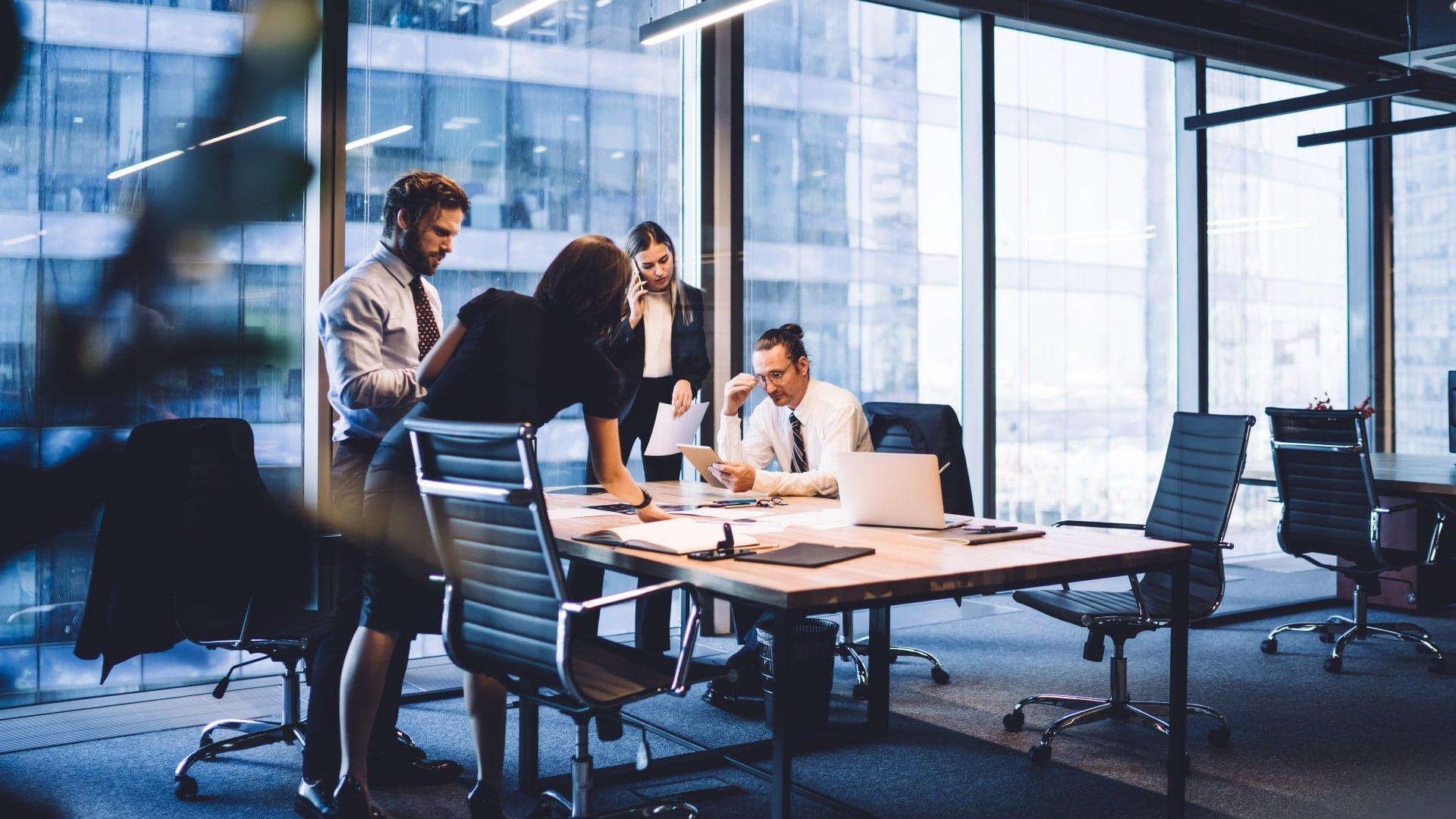 Kommunicera utifrån och in Försäljningschefen