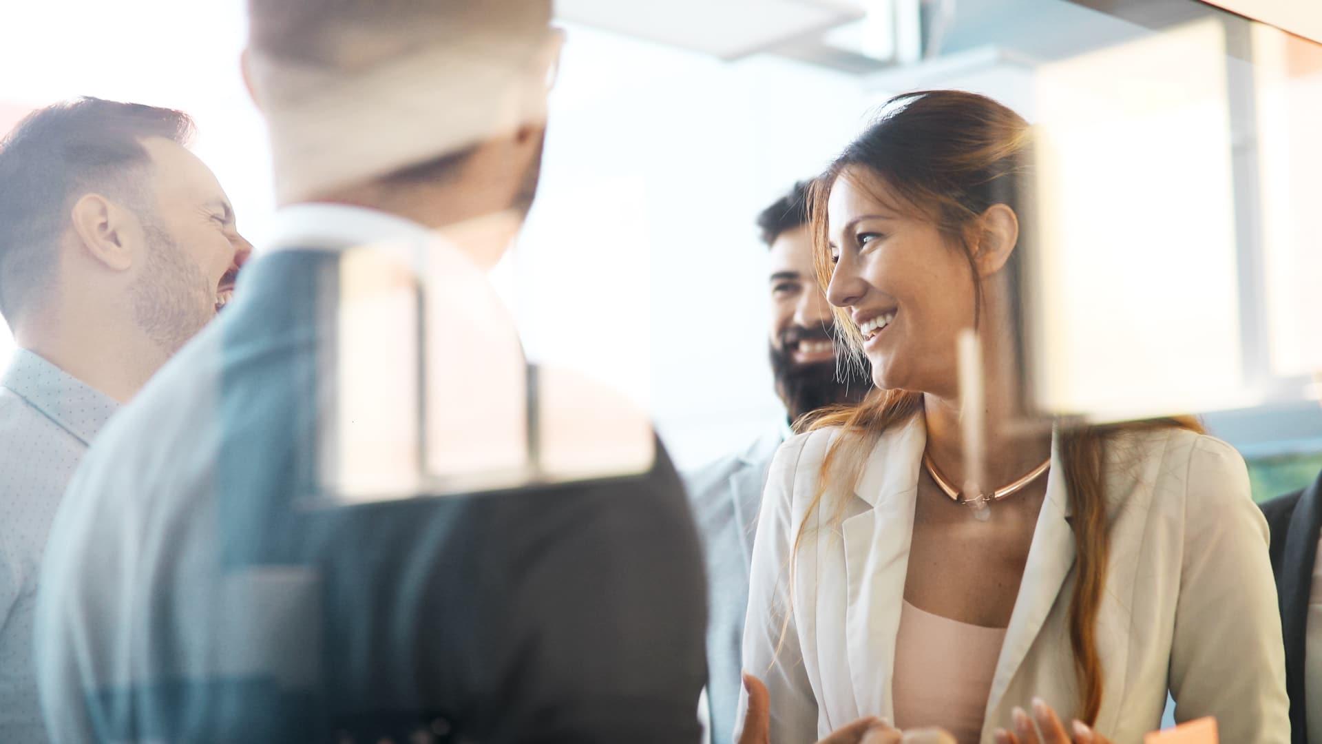 Vad gör en säljare Försäljningschefen